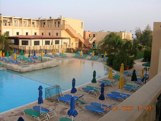 Electra Holiday Village : Hotel view