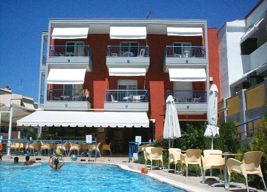 Polychrono, Griekenland: Hotel Sumer Dream from the pool