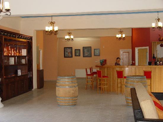 Lambouri Winery: Tasting room