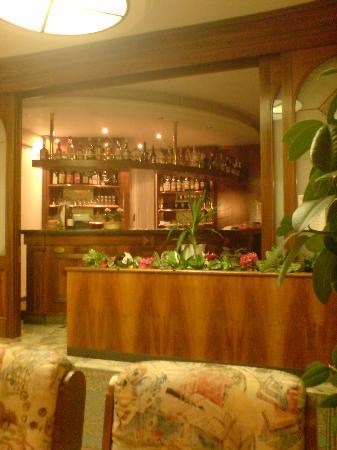 Hotel Miravalli: The bar area