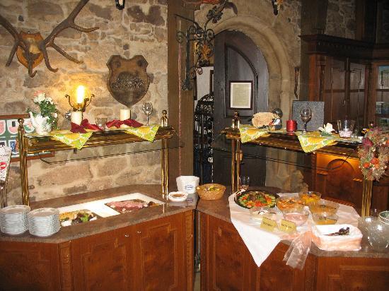 Hotel Burg Colmberg: breakfast buffet