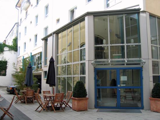 Schlafgut : Hotel entrance