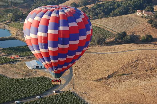 Napa, Californie : View of Balloon Landing