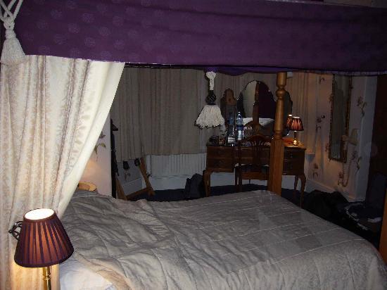 Astor House Room 3
