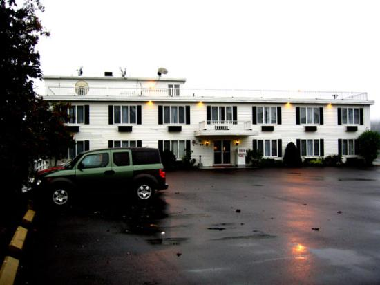 Fort Knox Inn Photo