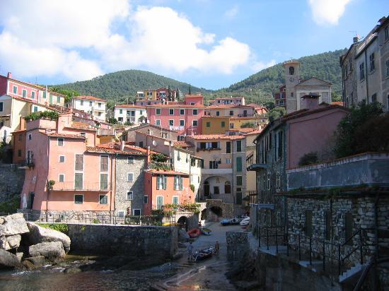 Locanda Miranda: Tellaro, the town