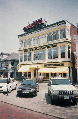 Brick Alley Pub Restaurant At 140 Thames St Picture Of