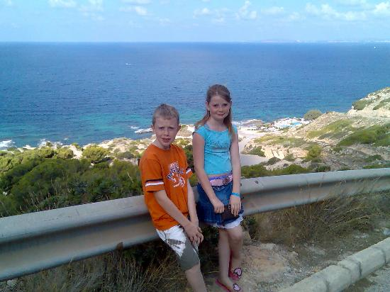 El Arenal, Spanien: Aimie and Jacob view from just down the road from Hotel