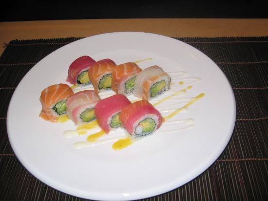 Taiko Japanese Steakhouse and Sushi Bar: rainbow roll,:california roll with assorted fish on the outside