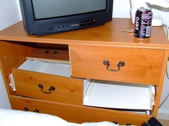 broken cabinet - Picture of Avni Kensington Hotel, London ...