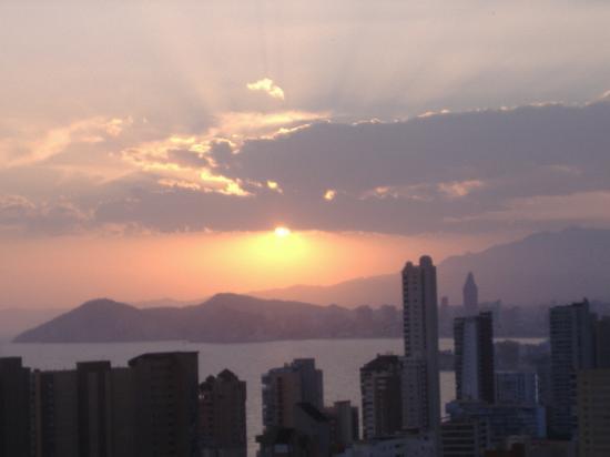 Vacanza Mayve Apartments: night view