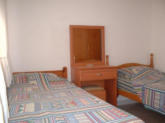 Efsane Motel