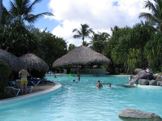 Bavaro Princess All Suites Resort, Spa & Casino: piscine
