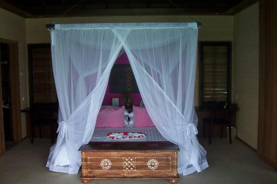 Club Med Kani : Bed in Lagoon suites