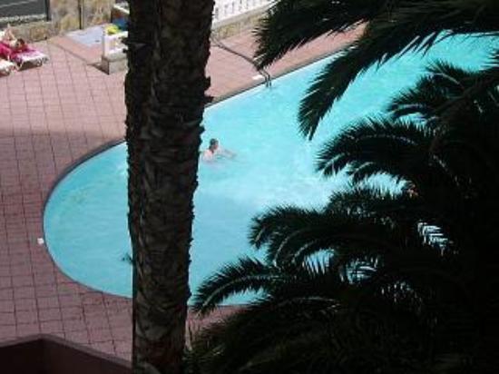Corona Roja - Playa del Ingles: pool view