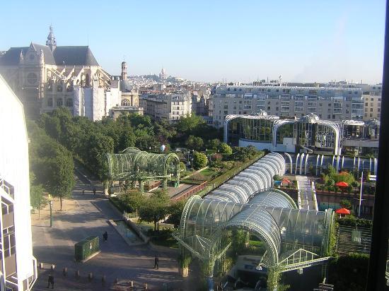 Novotel Paris Les Halles : View of the window
