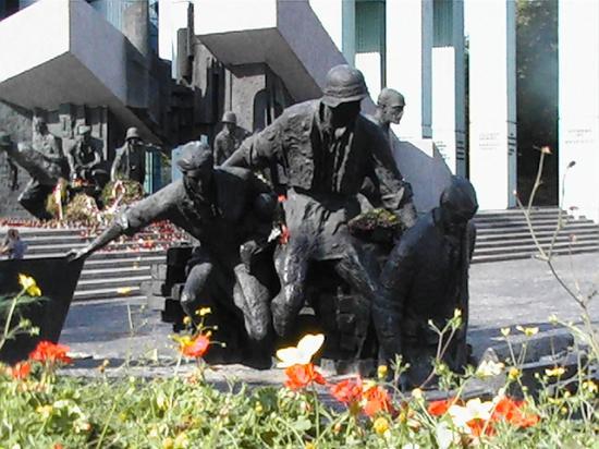 Varsovie, Pologne : The Memorial to the heros of the Warsaw Rebellion