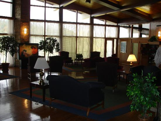 Buckhorn Lake State Resort: Lobby