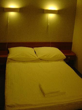 Hotel Abis Image