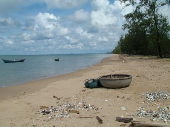 Phú Quốc, Vietnam: Fishing coracle on Phy Quoc Island