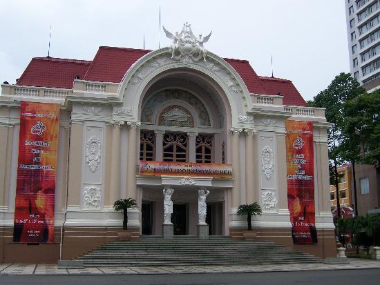 Ho Chi Minh City, Vietnam: Opera House in Ho Chi Minh