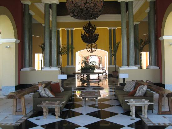 Iberostar Praia do Forte: Inside Main Reception.