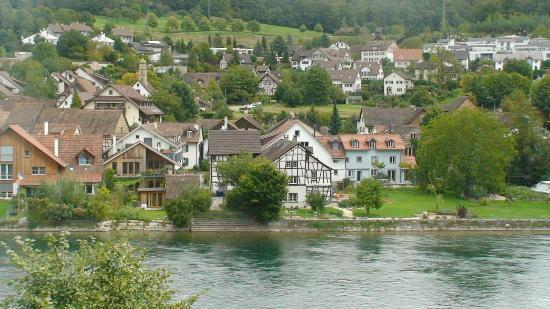 Zwitserland: The river Rhone