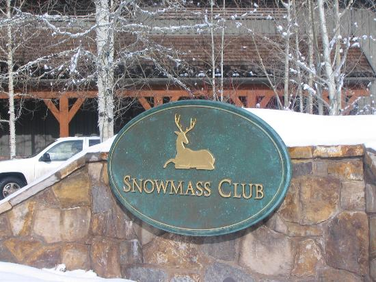 The Villas at Snowmass Club: Entrance