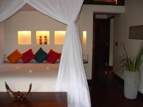 Hanging Gardens of Bali: Bed