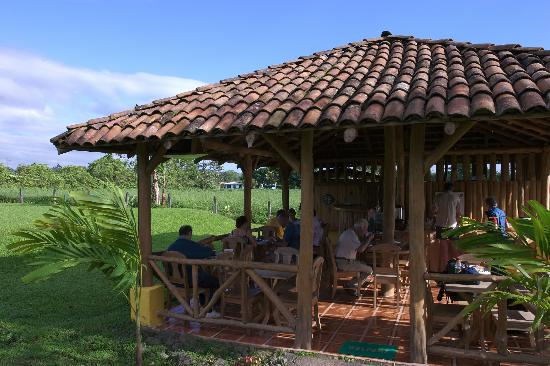 Hotel Coloso Arenal : OPen air ranch house, built from the ground up by the owner!