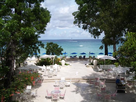 Sandy Lane Hotel: View from reception