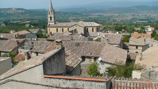 Bonnieux, Frankrike: Roof tops of the village