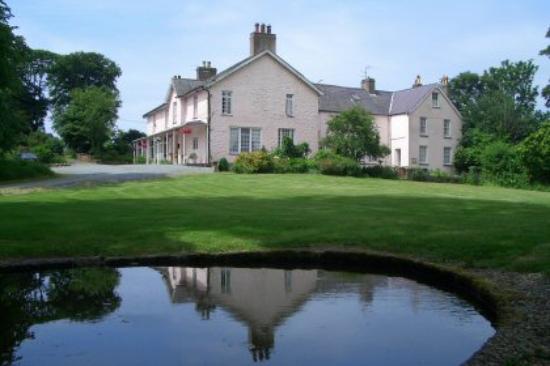 Plas Dinas Country House: The hotel