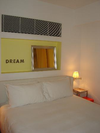 J Plus Hotel by YOO: bedroom