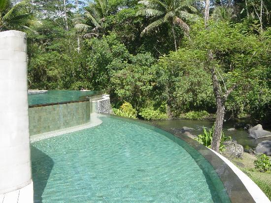 Four Seasons Resort Bali at Sayan: split leval pool