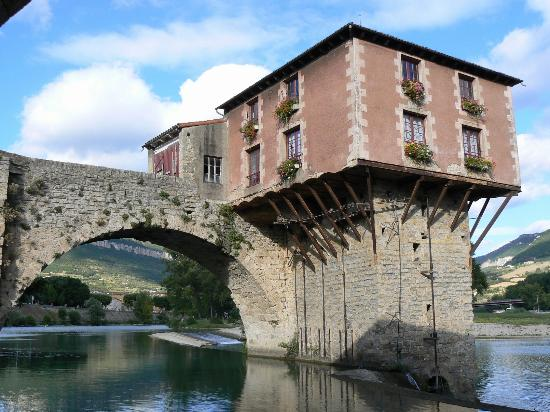 Cevenol Hotel: River