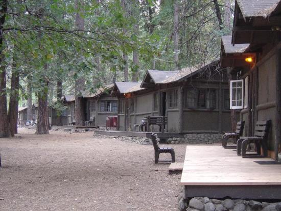 Curry village cabins picture of half dome village for Cabins in yosemite valley