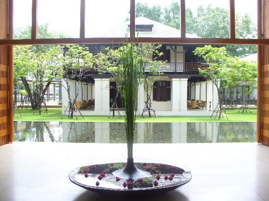 Anantara Chiang Mai Resort : This is just the lobby!