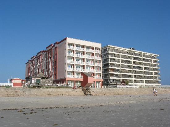 Holiday Inn Corpus Christi N Padre Island View Of Hotel From Beach