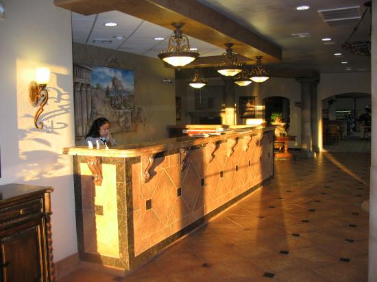 Teakwood Inn - Las Cruces: Newly renovated Lobby