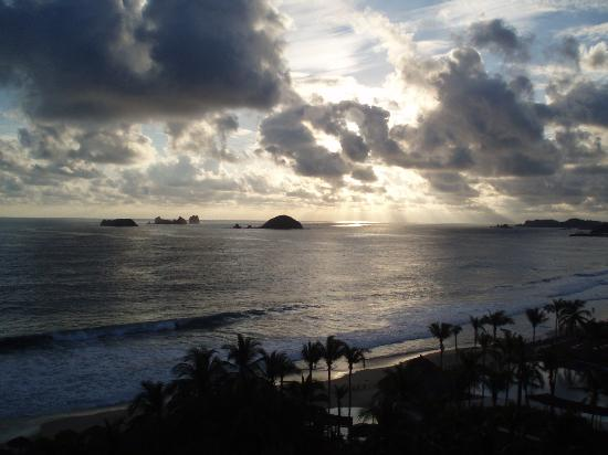 Sunscape Dorado Pacifico Ixtapa: View off the balcony one evening...