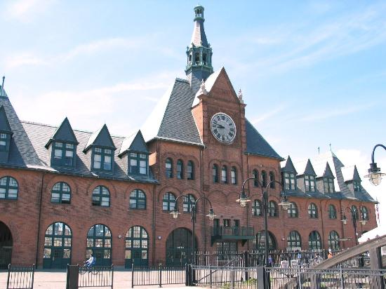 Liberty State Park: The immigrants purchased tickets and boarded trains at the Terminal.