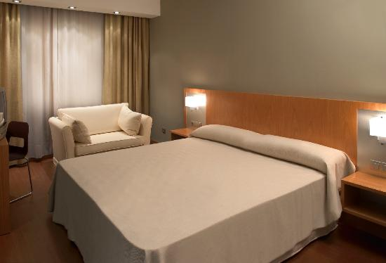 Hotel Sercotel AG Express Elche: Standard Room