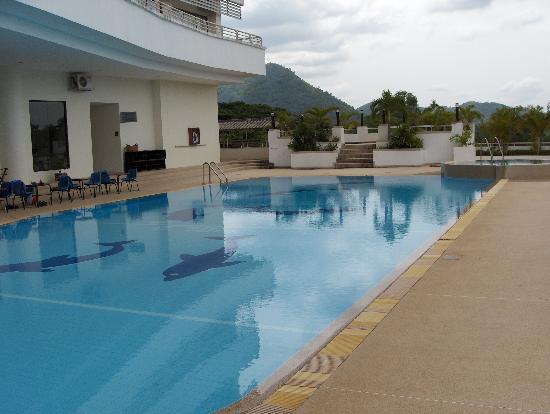 Loei Palace Hotel : pool