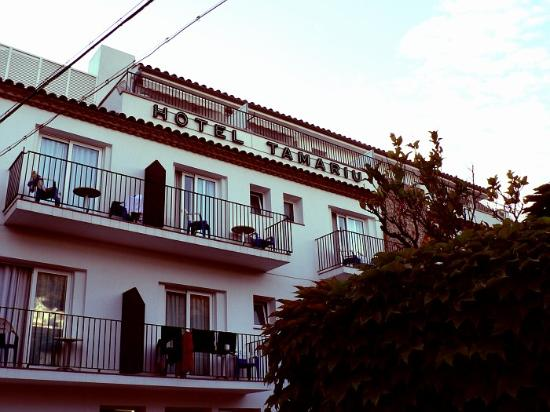Tamariu, Spain: Moderate quality, but the location and service is impossible to beat