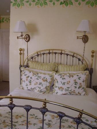 Admiral Fitzroy Inn: Bedroom
