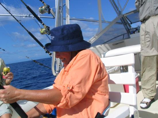 Cabo Matapalo Sportfishing : This is certainly fun - but is really hard work!