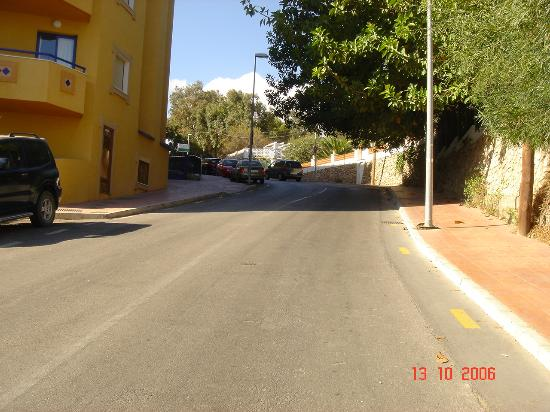 Benalmadena Palace Spa: The first hill upto the hotel