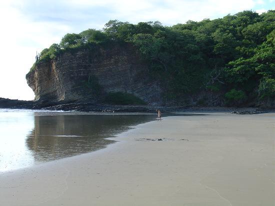 Parque Maritimo el Coco: La plage