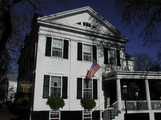 The Roberts House: Robert's House Inn